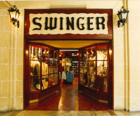 The first Swinger store opens in Valletta